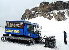 Glacier 3000 Snow Bus