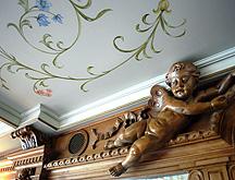 Wilhelm Tell Express Dining Room Cherub
